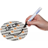 Je nach Motivgestaltung, wäre ein Beschriften mit wasserfestem Stift problemlos möglich. (Trotz flächiger UV-Lack-Veredelung)